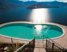 2 rooms with garden, Iseo Lake, Italy