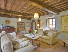 Borgo Puccini, Historic Hamlet of 4 houses and 3,5 ha land, in the hills of Lucca €950 000
