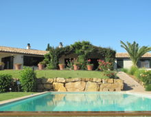 Renovated villa near Capalbio with swimming pool, sea views and olive groves