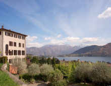 Elegant apartment of 2 bedrooms and 2 bathrooms in exclusive resort in Mezzegra, Como Lake