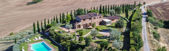 Magnificent Tuscan farmhouse near Chiusi